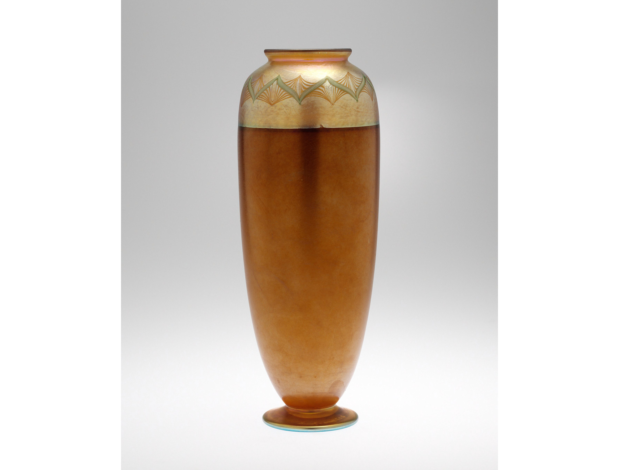 Vase, Bronze. Herbert F. Johnson Museum of Art, Cornell University, 64.0880.