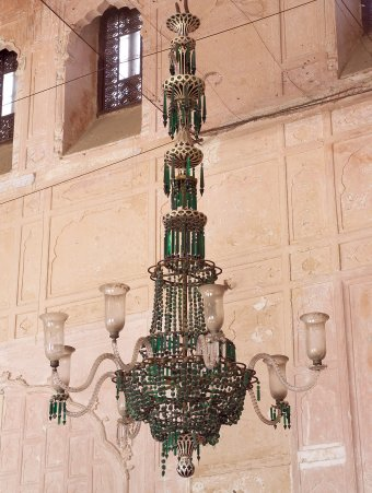Fig. 9: Green chandelier in durbar hall at Qila Mubarak, Patiala. F. & C. Osler, probably 1870s.