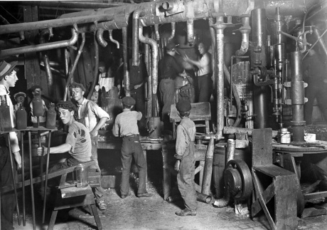 Night shift in an Indiana glass factory, August 1908